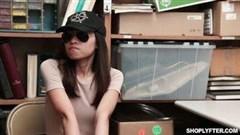 japanische hausfrau genießt sex mit