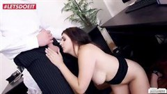 knusprig geile sekretärin porno